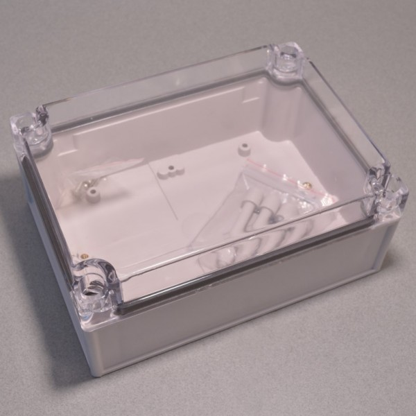 Large plastic electronics enclosure with clear top