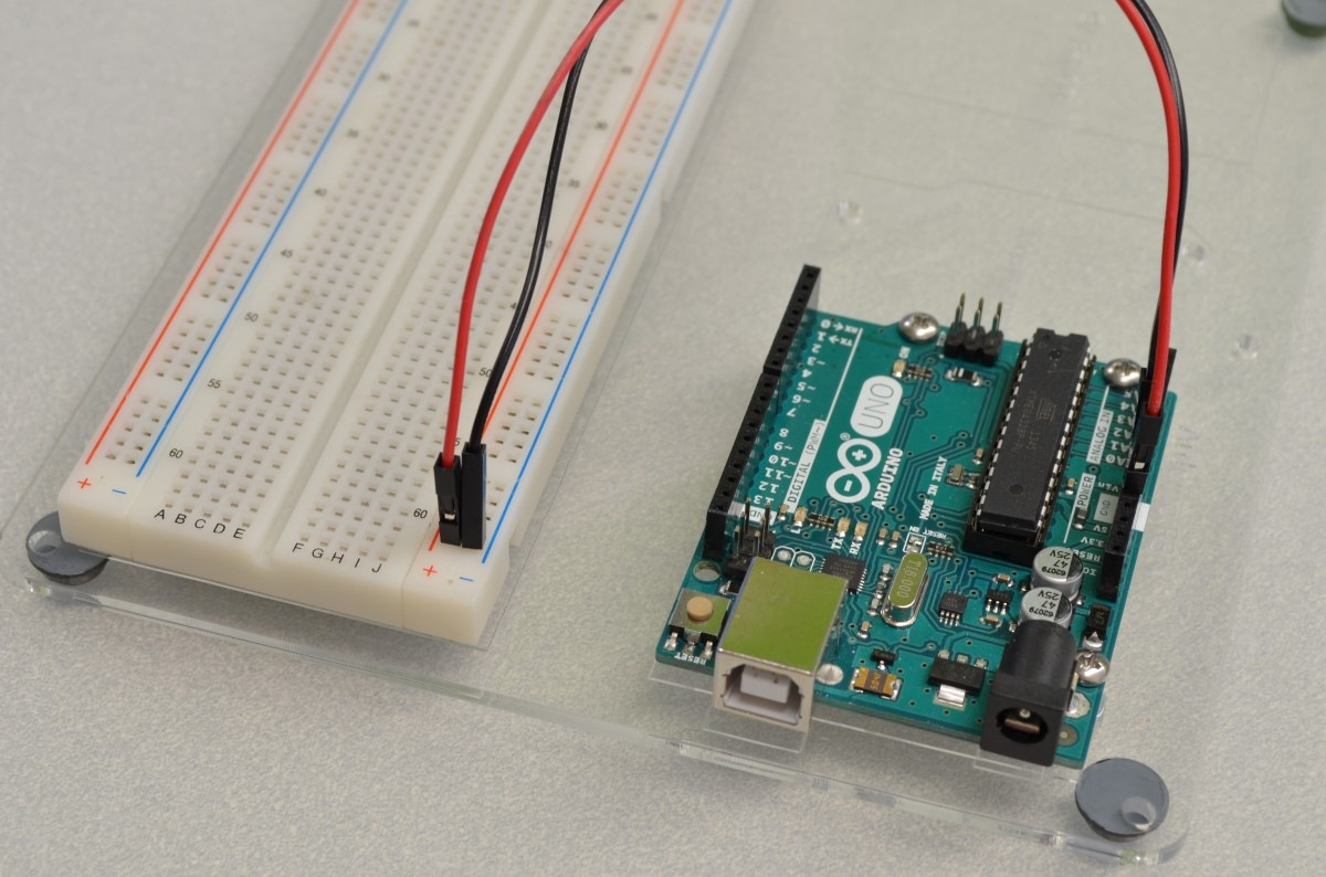 Using A Flow Sensor With Arduino Bc Robotics Simple Magnetic Pulse Counter Hall Circuit Diagram Step 1 Power To The Breadboard