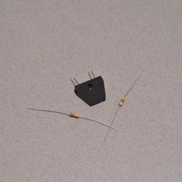 infrared reflectance sensor with resistors