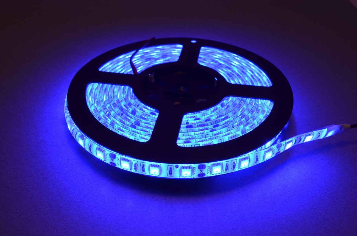 blue led strip light 5 meter roll bc robotics. Black Bedroom Furniture Sets. Home Design Ideas